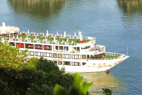 Luxury Starlight Cruise - Halong Bay - Bai Tu Long Bay